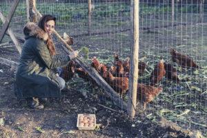 Arianna Vulpiani e le sue galline